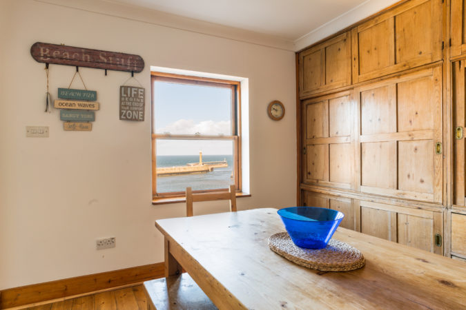 Beach House Whitby - Incredible views from the kitchen