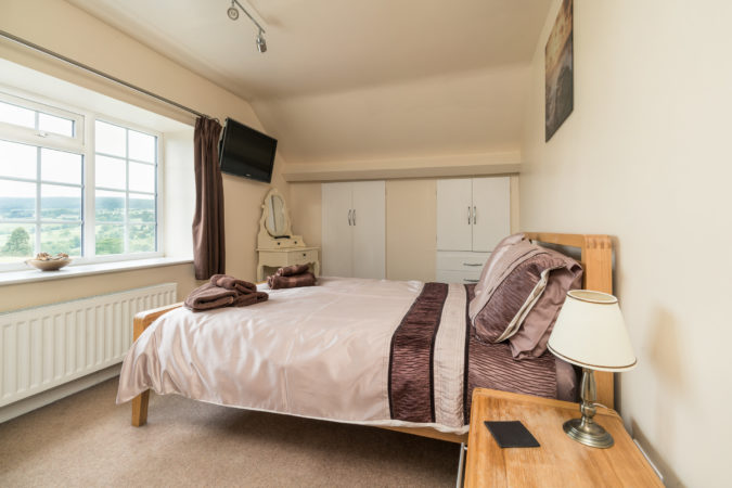 Coach House Sleights - Double bedroom