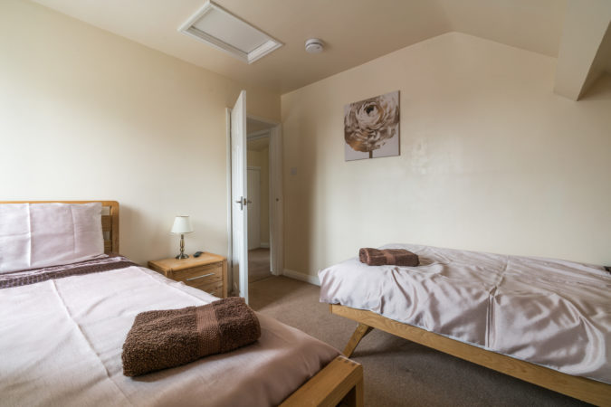 Coach House Sleights - Twin bedroom