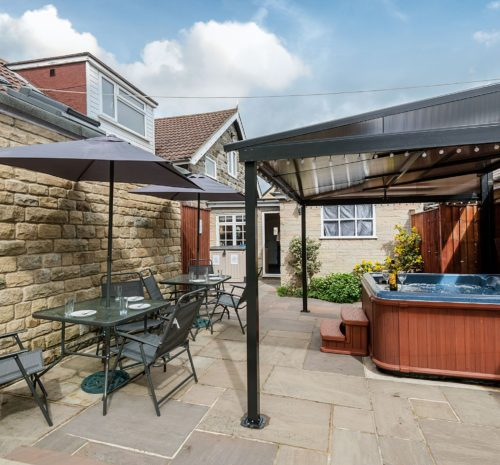 Hot tub holiday for 6 near Whitby, Self catering holiday near Whitby, East coast hot tub holiday, pet friendly holiday cottages