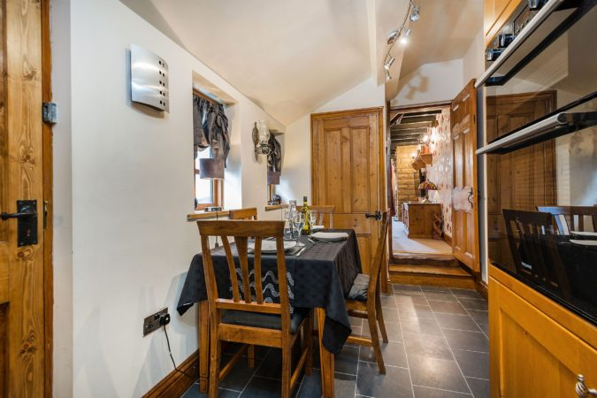 Cottage near Robin Hood's Bay. Holiday cottages near Whitby with hot tub, Accommodation with parking Fylingthorpe near Whitby, Self catering cottage with hot tub Robin Hood's Bay