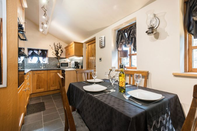 Romantic holiday accommodation with hot tub, Holiday cottage near Robin Hood's Bay, Pet friendlly holiday cottage near Whitby