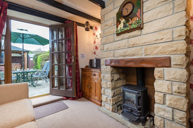 Howdale Cottage near Robin Hood's Bay. Holiday cottages near Whitby with hot tub, Dog friendly cottage with garden and hot tub Yorkshire, Robin Hood's Bay holiday cottage