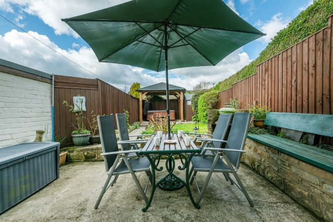 Romantic holiday cottage Fylingthorpe, Cottage near Robin Hood's Bay, Cottage with Hot Tub Yorkshire Coast, Holiday cottage with garden near Robin Hood's Bay, Pet friendly cottage Robin Hood's Bay