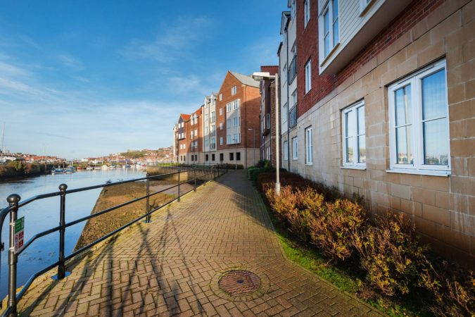 Low Tide Apartment, Whitehall Landing, Whitby - exterior