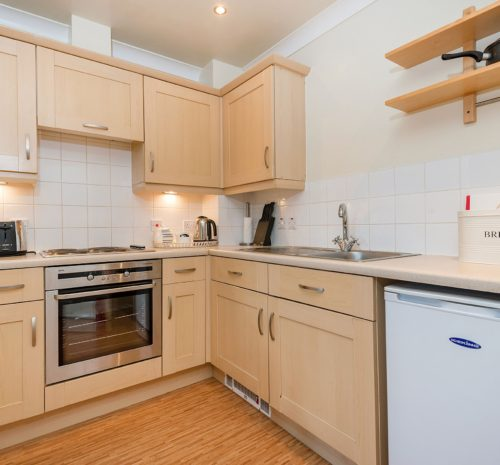 Low Tide Apartment, Whitehall Landing, Whitby - kitchen diner