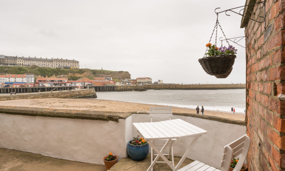 Quayside Cottage Whitby - Outdoor sitting area
