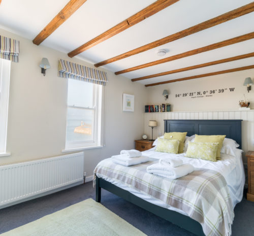 Tipple Cottage Whitby - Master double bedroom