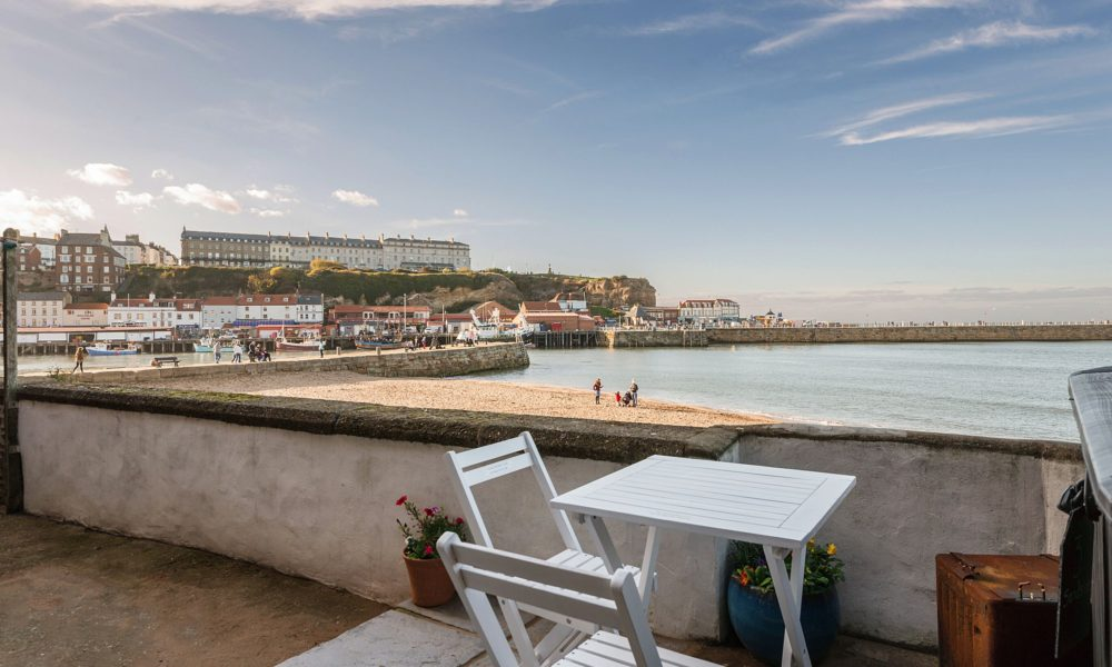 Holiday accommodation with sea view Whitby, Whitby cottage with sea view, pet friendly cottage Whitby.