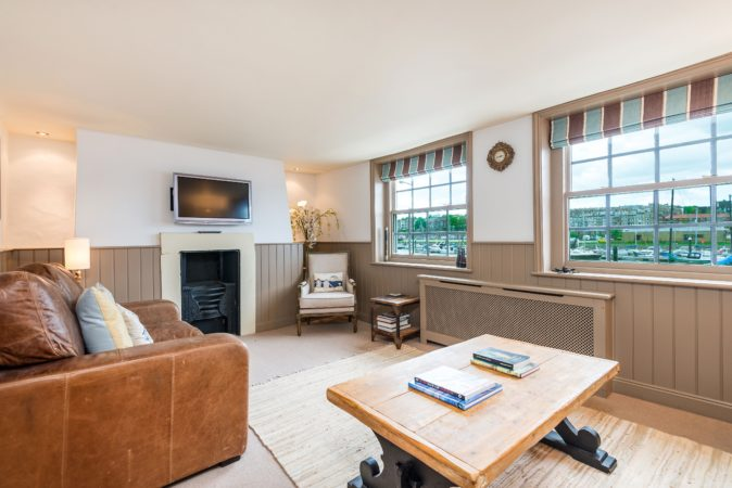 Marina view Whitby cottage, Whitby cottage to let, Holiday cottage Whitby close to town centre.