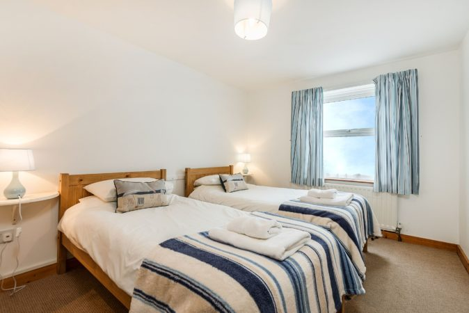 Whitby cottages to let, Dog friendly holiday let Whitby, Whitby cottage close to beach.