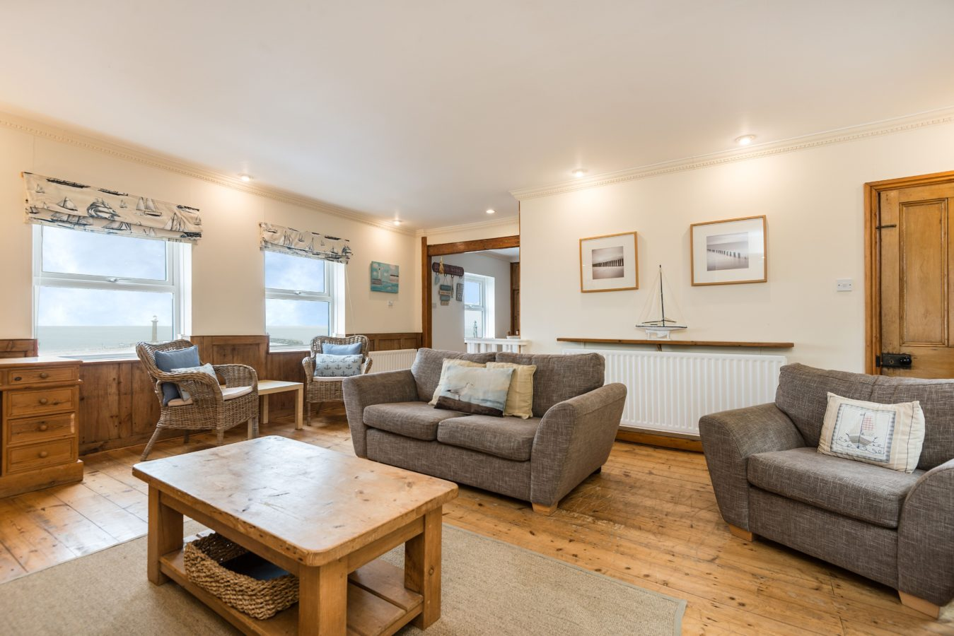 Whitby family accommodation, Holiday cottage with parking Whitby, Cottage with sea views Whitby.