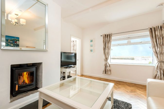 Whitby cottage with sea views, pet friendly holiday cottage Whitby.