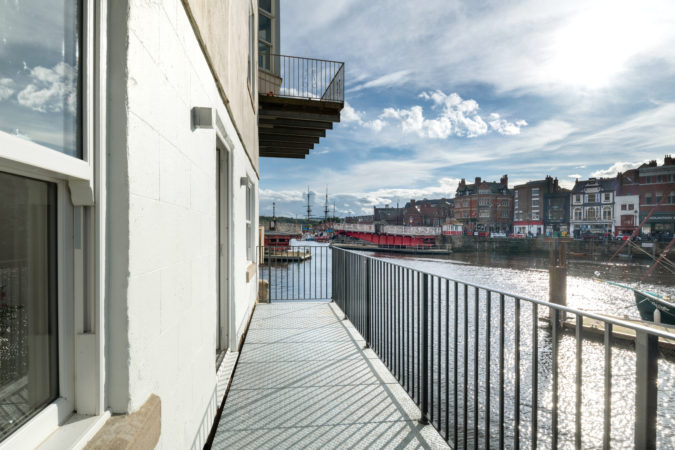 Holiday apartment Whitby. Whitby holiday cottages. Pet friendly apartment Whitby.